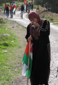 woman.teargas.bilin